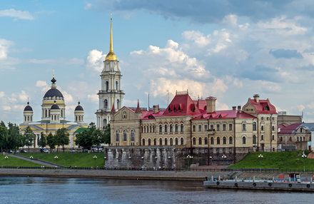 IMG_6138.CR2 SX50 15JUN13 Cathedral of Transfiguration of the Savior, near lock, Rybinsk, Yaroslavl