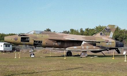 Republic F-105B Thunderchief 57-5820