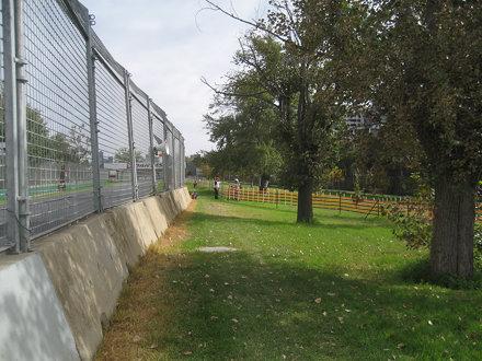 Turn 13, Albert Park