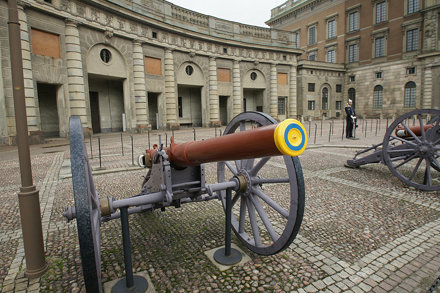 Stockholm Palace - Cannons