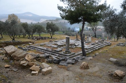 Peripteral temple built in the Ionic order, it is situated on the upper terrace and was probably ded