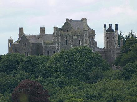Tayto Castle