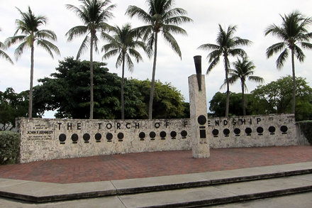 Miami - Downtown Miami: Bayfront Park - Torch of Friendship