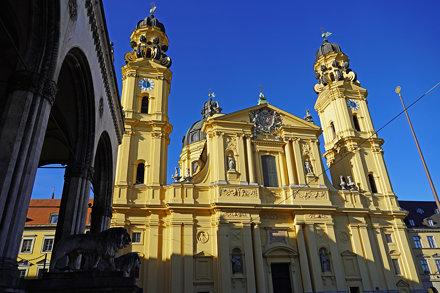 2020-01-15 München 075 Theatinerkirche