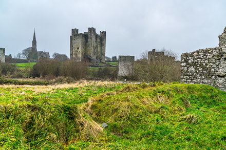 TRIM CASTLE ON A REALLY WET AND WINDY CHRISTMAS DAY [I COULD NOT KEEP MY LENS DRY]-124260
