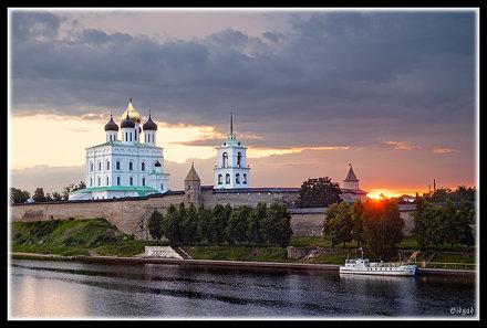 Sunrise in Pskov