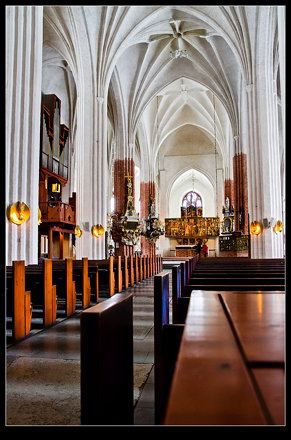 Central Nave