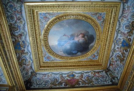 2010.08.22.088 VAUX-le-VICOMTE - Le château - Appartements - Cabinet de jeu- Plafond peint pa Le Bru