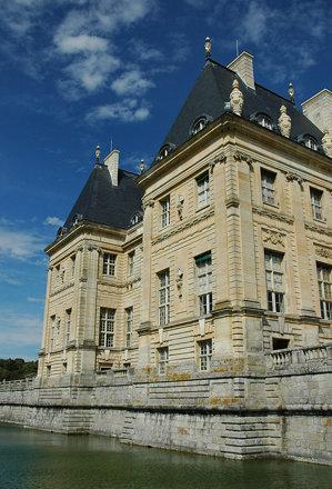 2010.08.22.194 VAUX-le-VICOMTE - Les douves
