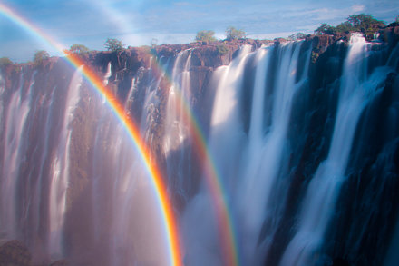 Yes.  Double-rainbows DO exist.