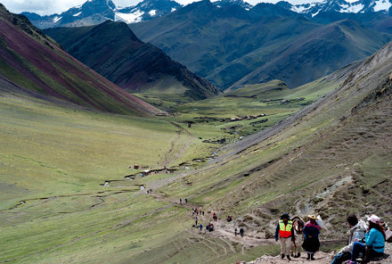 Hiking to Vinicunca