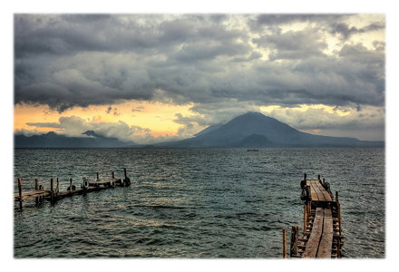 Panajachel GCA  - Lago de Atitlan by early evening 02