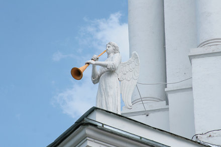 Трубадур на колокольне