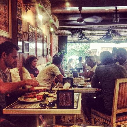 Заметил, что во французком кафе на Самуи я могу сидеть часами, наслаждаться едой, атмосферой и &quot