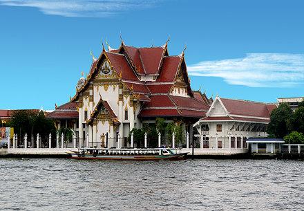 The Bell Temple (Wat Rakan)