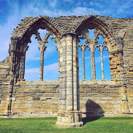 Can't resist sharing one more shot of Whitby Abbey. Actually, there might be more to come… #latergra