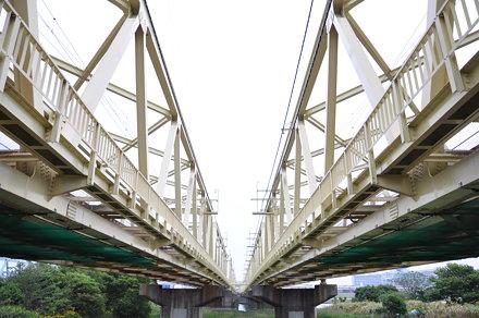 Under the bridge in Kita-sSenju