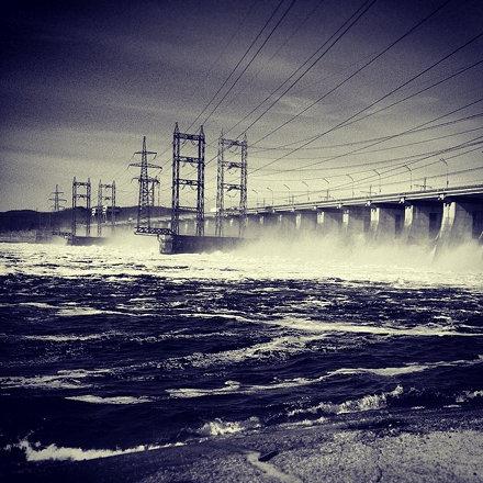 Плотина на Волге. Dam on the Volga river. #water #power #landscape #industrial #travel #russia #вода