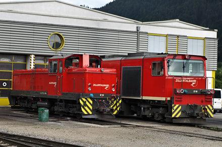 A Zillertalbahn D10 + D16 Jenbach 12-07-2008