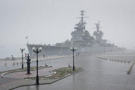 Kutuzov Mikhail / Snowy Weather